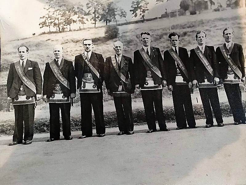 The men of the Johnstone Family
